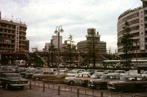 1968umeda-ekimae