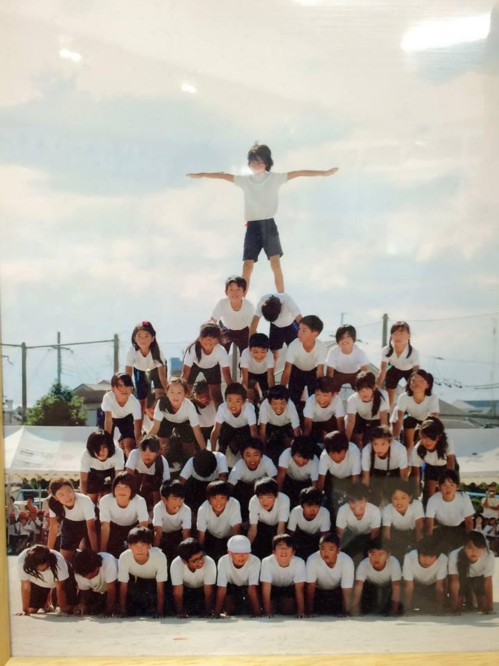 6年最後の運動会・ピラミッドの頂点に立つ孫